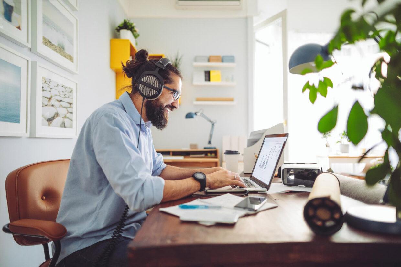 schnelles Glasfaser-Internet als ideale Voraussetzung für Arbeiten im Home-Office